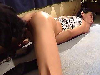 Rachel Evans First Time Animal Porn